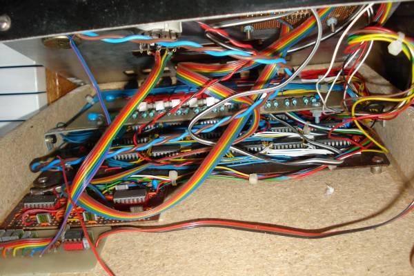 Sequencer insides 2.jpg